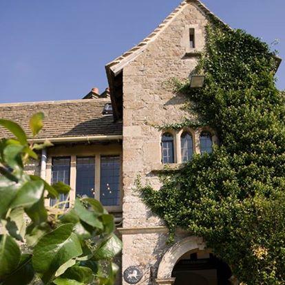 the-pear-tree-at-purton-thumbnail