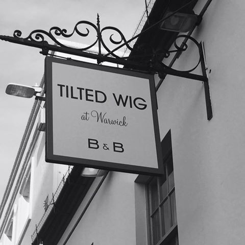 tilted-wig-thumbnail