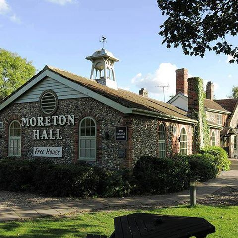 the-moreton-hall-thumbnail